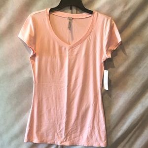 Tops - NWT! Soft pink t-shirt